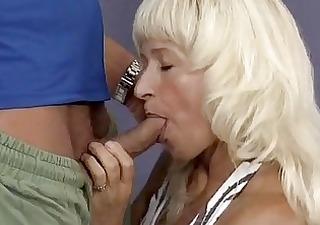 hot muscle mama needs a hard fuck