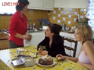 french family, brunette d like to fuck mature