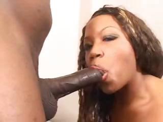 chocolate milf can gulp that big dark stick and