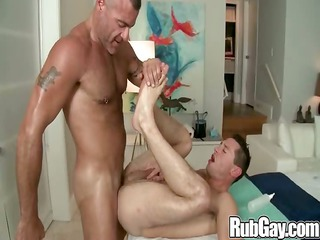 rubgay muscle workout session