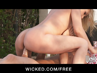 wicked - hot bikini clad d like to fuck rides her